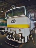 2016/08/28 - Chomutov, locomotora diesel blanca, verde y amarilla T478 de la República Checa - 3016 Foto de archivo
