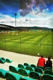 Chomutov, République Tchèque - 1er juillet 2017 : détail de nouveau stade de ville pendant le macht amical entre le Slavia Prague Photographie stock libre de droits