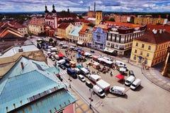 18/06/2016 Chomutov stad, Tjeckien - södra sikt från &#x27en; Mestska vez' torn till den historiska staden Arkivfoton