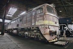 2016/08/28 - Chomutov, Tsjechische republiek - sovjet diesel locomotief 679 1592 Stock Fotografie