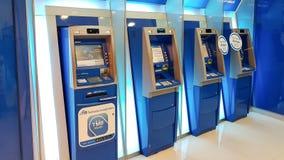 Chon Buri, Thailand - December 21, 2018: Buitenmening van ATM-machine De TMB-BEPERKTE BANKopenbare onderneming royalty-vrije stock afbeeldingen