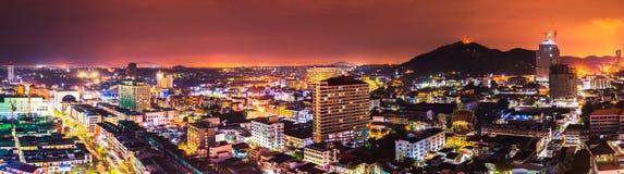 chonburi的泰国夜城市 库存照片
