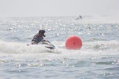 Esquí del jet de la competencia. Fotos de archivo libres de regalías