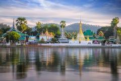 Chong Kham-Tempel in Mae Hong Son Stockfoto