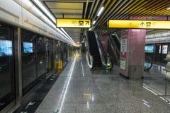 Chongqing Metro linje 6 gångtunneldrev Royaltyfri Foto