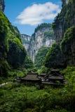 Chongqing Wulong naturlig bro Dragon Inn Landscape Arkivbilder