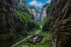 Chongqing Wulong smoka austerii naturalny Bridżowy krajobraz Zdjęcie Stock