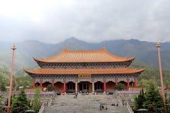 Chongshen tempel och tre pagoder i Dali Yunnan landskap Kina royaltyfria foton