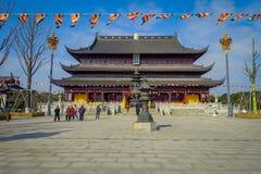 CHONGYUANG świątynia, CHINY - 29 STYCZEŃ, 2017: Chodzący wokoło Chongyuang świątynnego kompleksu, zespół świątynie, jeziora i Zdjęcia Stock