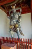 CHONGYUANG-TEMPEL, CHINA: Alte Statuen der religiösen Bedeutung, Teil des Tempelkomplexes, Ensemble von Tempeln, Seen und Stockfotografie