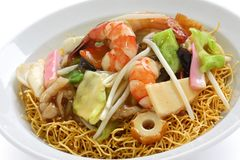 Chop suey on deep-fried noodles Royalty Free Stock Photos