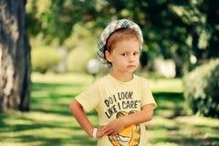 chłopiec kapelusz Zdjęcia Royalty Free
