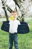 Chłopiec, kwiaty, prezent, miłość, zabawa, elegancka, rocznik, elegancki, dzieciak, dziecko Fotografia Stock