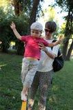 Chłopiec równoważenie Zdjęcia Stock