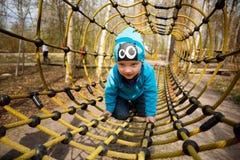 Chłopiec w boisku Zdjęcia Stock