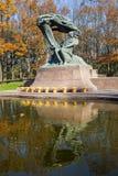 Chopin staty, Warszawa, Polen Royaltyfria Bilder