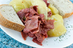 Chopped corned beef with cabbage Royalty Free Stock Photos