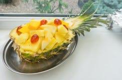 Chopped ha affettato l'insalata dell'ananas Immagini Stock