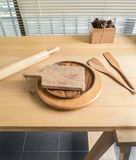 Chopping board and baking utensils Royalty Free Stock Photos