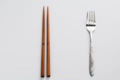 Chopsticks και δίκρανο στοκ φωτογραφίες με δικαίωμα ελεύθερης χρήσης
