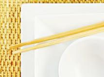 chopsticks μπαμπού καλύπτουν το λ&epsilo Στοκ Εικόνες