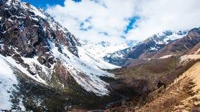 Chopta谷美好的横向  库存图片