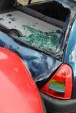 Choque de coche y daño Imagenes de archivo