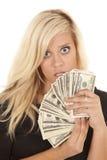 Choque do dinheiro do vestido do preto da mulher Fotografia de Stock Royalty Free
