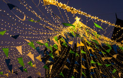 Chorągwiany drut z DOWODZONYM światłem Obrazy Royalty Free