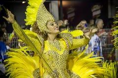 Chorągwiany okaziciel w kostiumu przy Carnaval Obrazy Royalty Free