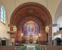 Chor und Altar der Vasa-Kirche in Gothenburg, Schweden Lizenzfreie Stockbilder