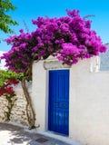 Chora die Hauptstadt von Amorgos-Insel lizenzfreies stockbild