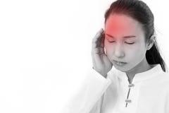Chora kobieta z migreną, migrena, stres, negatywny uczucie Obraz Royalty Free
