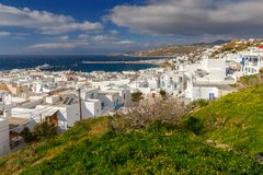 Chora Mykonos воздушный взгляд города стоковые фотографии rf