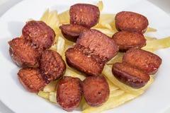 Chorizo †‹â€ ‹με τις πατάτες Στοκ φωτογραφία με δικαίωμα ελεύθερης χρήσης