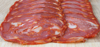 chorizo φέτες σαλαμιού στοκ εικόνες με δικαίωμα ελεύθερης χρήσης