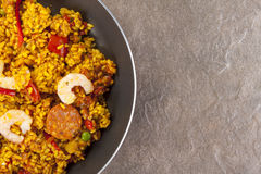 Chorizo, chicken and king prawn paella in a frying pan Royalty Free Stock Photos