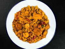 Chorizo y rey Prawn Paella Meal del pollo Imagen de archivo libre de regalías