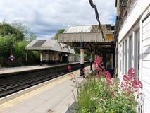 Chorleywood estación de tren subterráneo y nacional de Londres foto de archivo