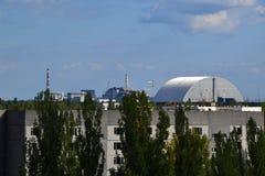 Chornobyl kärnkraftverk och sarkofag, Chornobyl zon Fotografering för Bildbyråer