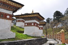 108 Chortens av det Dochula passerandet, Bhutan Arkivbilder