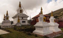 Chortens no monastério Foto de Stock