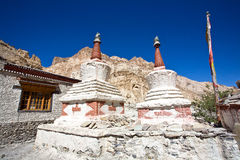 Chortens oder Stupas während Markha-Wanderung, Markha-Tal, Ladakh, Indien Lizenzfreies Stockfoto