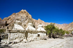 Chortens oder Stupas während Markha-Wanderung, Markha-Tal, Ladakh, Indien Stockbild