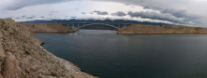 Chorwacja, Pag wyspa, PaÅ ¡ ki Najwięcej, PaÅ ¡ ki most, most, wieża obserwacyjna, stara, ruiny, pogoda sztormowa, wyspa Pag, Eur obrazy royalty free