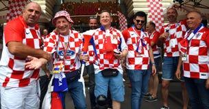 Chorwacka fan piłki nożnej poza dla fotografii na placu czerwonym w Moskwa Zdjęcie Royalty Free
