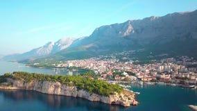Chorwacki Adriatycki wybrzeże z trutniem w 4K europejczycy Makarska zbiory