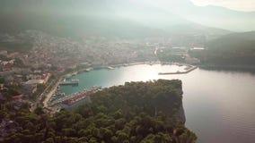 Chorwacki Adriatycki wybrzeże z trutniem w 4K europejczycy Makarska zdjęcie wideo