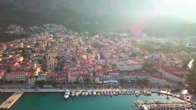 Chorwacki Adriatycki wybrzeże z trutniem w 4K europejczycy Makarska zbiory wideo