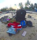 Choses d'un voyageur sur la plage du Vietnam Photo libre de droits